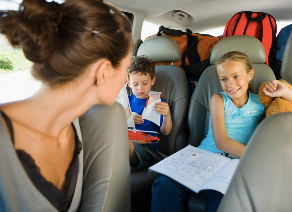 Juegos niños viaje coche